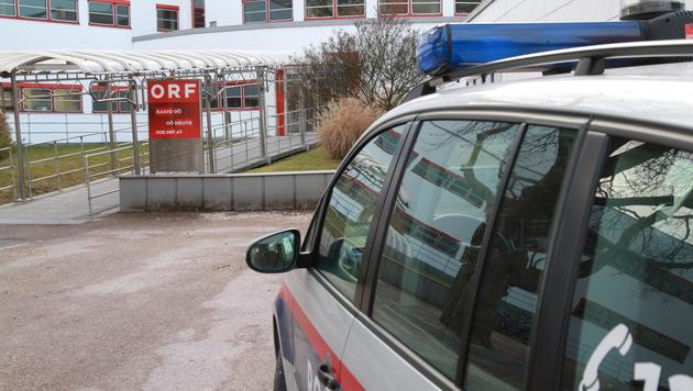 Die Polizei war sofort zur Stelle. Einsatzort war das ORF-Landesstudio in Linz. (Bild: Christoph Gantner)
