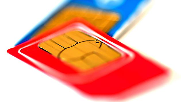 SIM-Karten-Spionage: Heimische Nutzer betroffen (Bild: APA/dpa-Zentralbild/Ralf Hirschberger)
