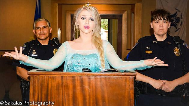 Eiskalte Verteidigung bei ihrer Anhörung (Bild: Sakalas Photography)