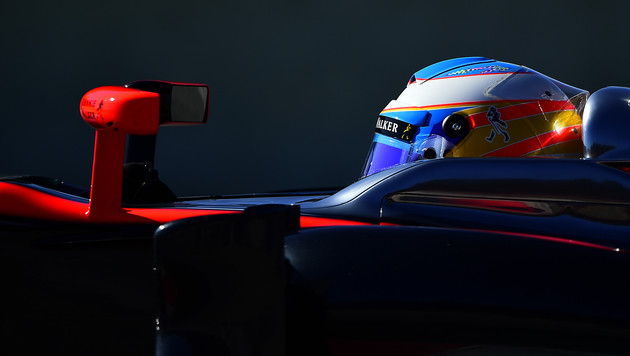 Alonso-Unfall: Giftige Batterie-Dämpfe Auslöser? (Bild: AP)