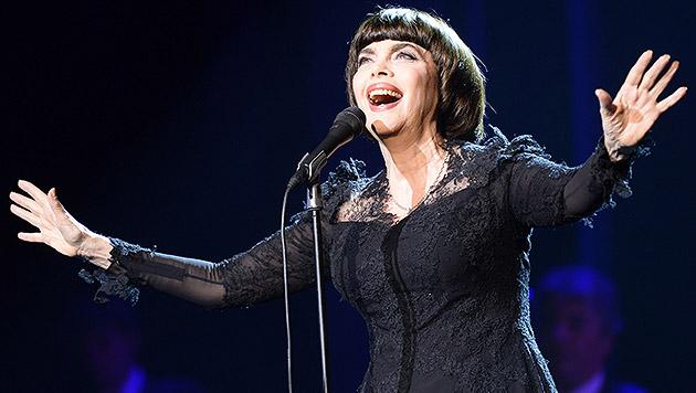 Mireille Mathieu feiert 50 Jahre auf der Bühne (Bild: AFP)