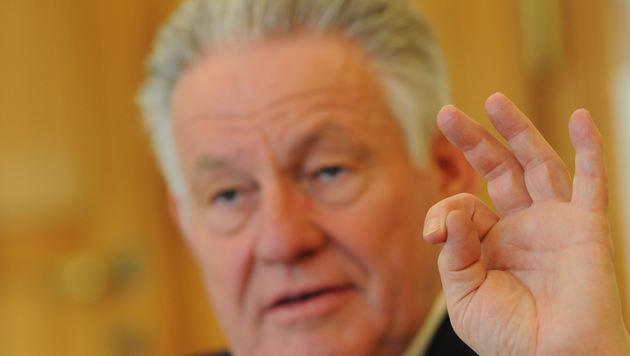 """Pühringer ist seit 2. März """"95 Landeshauptmann von Oberösterreich, am Montag seit genau 20 Jahren. (Bild: Markus Wenzel)"""