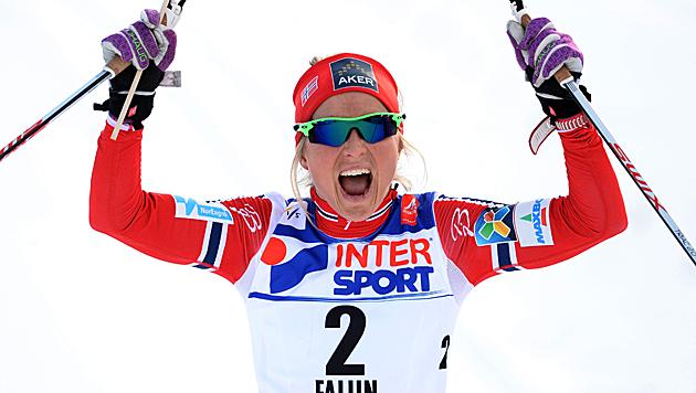 Johaug holt über 30 km ihr 3. Gold in Falun (Bild: AP)