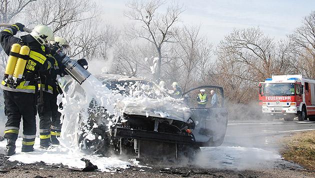 Motorradfahrer (49) prallt gegen Auto und stirbt (Bild: Pressestelle BFK Mödling)
