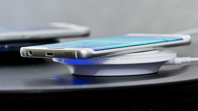Samsung enthüllt Android-Flaggschiff Galaxy S6 (Bild: AP)