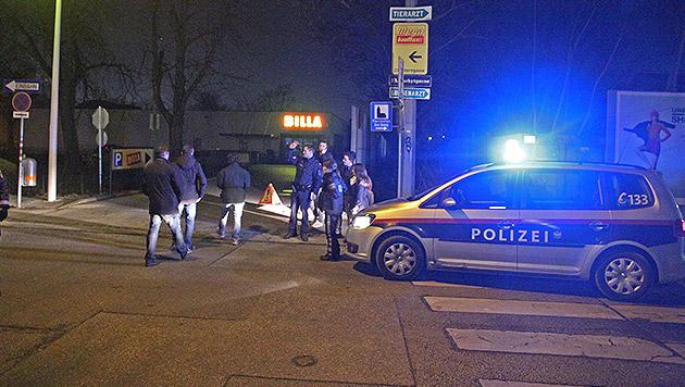 Vor dieser Billa-Filiale in Wien kam es zum blutigen Attentat mit Kopfschuss. (Bild: Andreas Schiel)