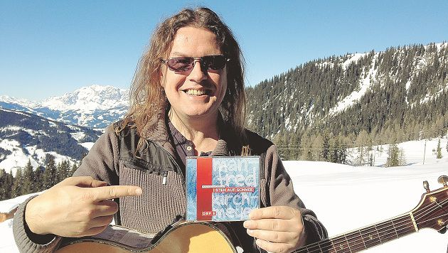 """Manfred Kirchmeyers Hit """"I steh auf Schnee"""" stellt sogar Andrea Berg in den Schatten. (Bild: privat)"""