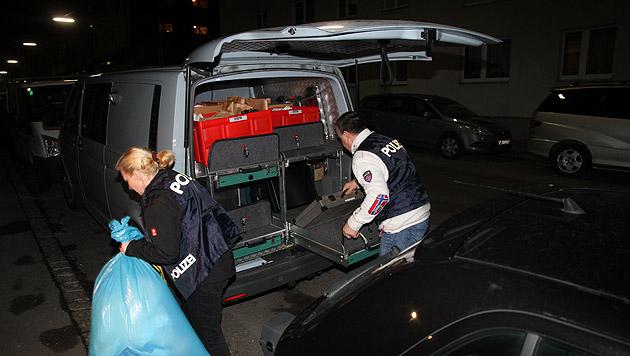 Mann in Wohnung getötet - 33-Jähriger festgenommen (Bild: Andi Schiel)