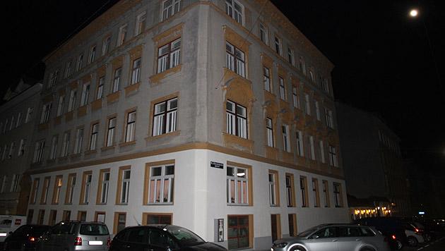 In diesem Haus in Wien-Ottakring kam es zur Bluttat. (Bild: Andi Schiel)