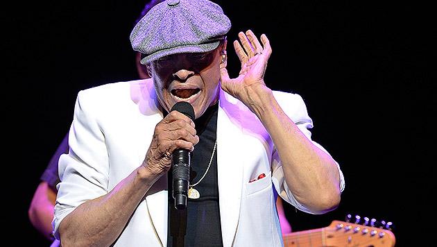 Jazz-Legende Al Jarreau wird 75 Jahre alt (Bild: APA/EPA/HERBERT NEUBAUER)