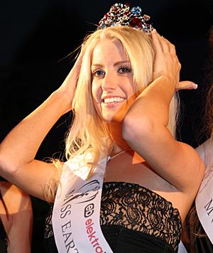 """Sandra Seidl als """"Miss Earth Austria 2012"""" (Bild: Kristian Bissuti)"""