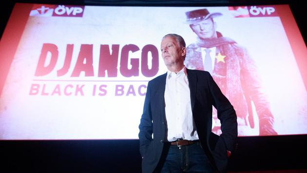 """Mitterlehner ist jetzt Django """"ohne Ketten"""" (Bild: APA/GEORG HOCHMUTH)"""