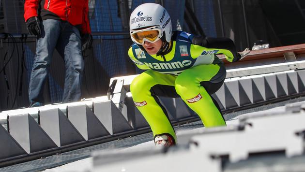 Iraschko-Stolz bejubelt ersten Gesamt-Weltcupsieg (Bild: GEPA)