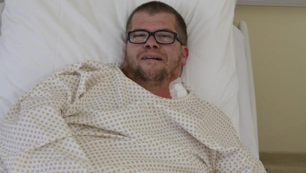 Reinhold Altmüller im Spital (Bild: Markus Schütz)