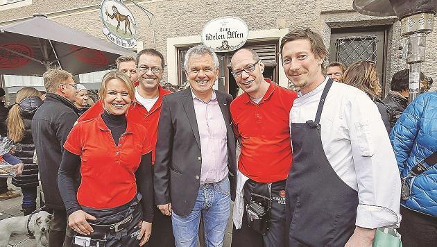 """Abschiedsfest von Robert Maurer, bislang Chef des Restaurants """"Zum fidelen Affen"""" (Bild: Markus Tschepp)"""