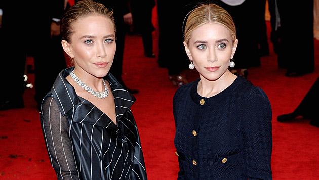 Mary-Kate ist mit Olivier Sarkozy verheiratet, die Schwestern verdienen als Designerinnen Millionen. (Bild: APA/EPA/JUSTIN LANE)