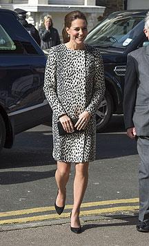 Herzogin Kate beim Besuch der Turner Contemporary Art Gallery am 11. März 2015 (Bild: AP)