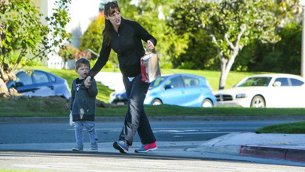Jennifer Garner mit Sohn Samuel Garner Affleck in Santa Monica (Bild: Viennareport)