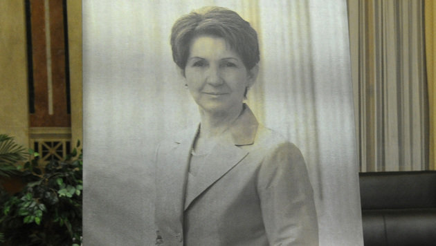 Porträt von Barbara Prammer im Parlament enthüllt (Bild: APA/Herbert Pfarrhofer)