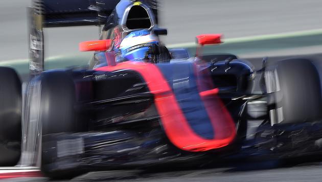 Alonso legte einen starken Tag im Simulator hin (Bild: AP)