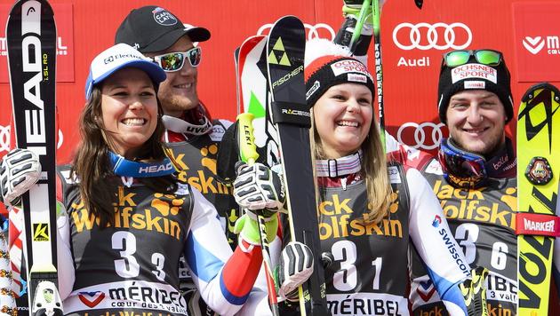 Erfolgs-Team aus der Schweiz: Wendy Holdener, Reto Schmidiger, Charlotte Chable und Justin Murisier (Bild: APA/EPA/JEAN-CHRISTOPHE BOTT)