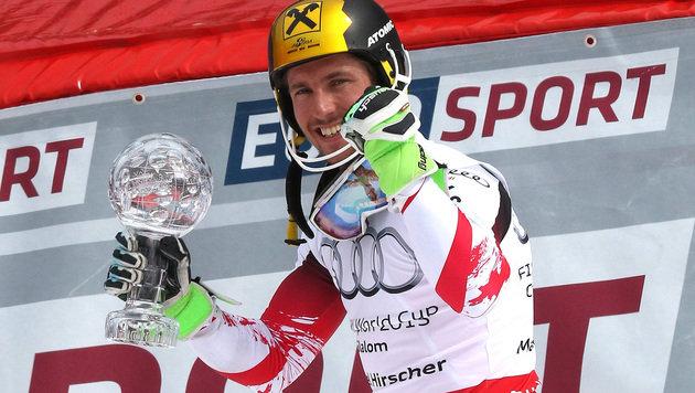 Hirscher siegt in Meribel und holt Slalom-Weltcup! (Bild: AP)