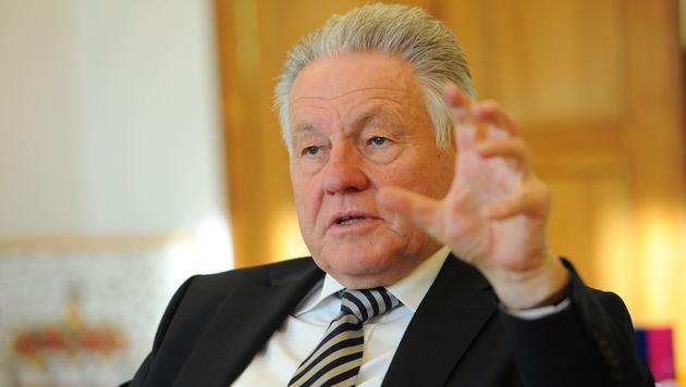 Erklärt LH Josef Pühringer bald seinen Rücktritt und macht den Weg für Thomas Stelzer frei? (Bild: Markus Wenzel)