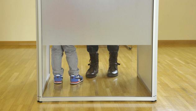 Wahltag in der Steiermark (Bild: APA/Elmar Gubisch)