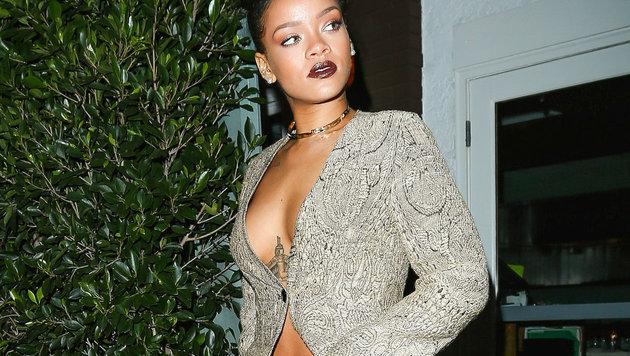 Rihanna zeigt Haut (Bild: Viennareport)
