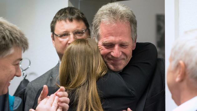 Richard Amann ist glücklich über den knappen Wahlsieg. (Bild: APA/DIETMAR STIPLOVSEK)