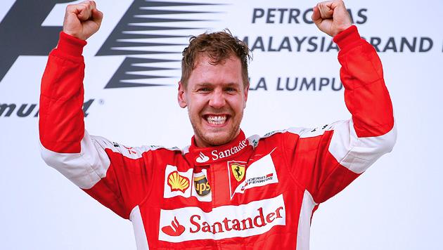 Sebastian Vettel bricht die Mercedes-Dominanz! (Bild: APA/EPA/DIEGO AZUBEL)