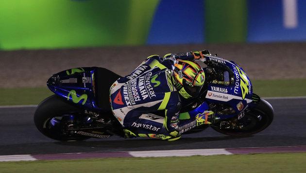Valentino Rossi startet mit GP-Sieg in neue Saison (Bild: AP)