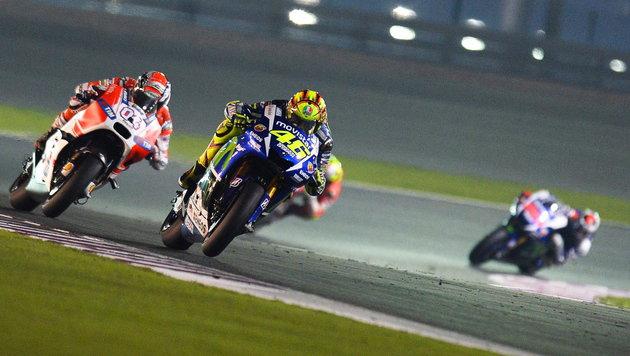 Valentino Rossi startet mit GP-Sieg in neue Saison (Bild: APA/EPA/STRINGER)