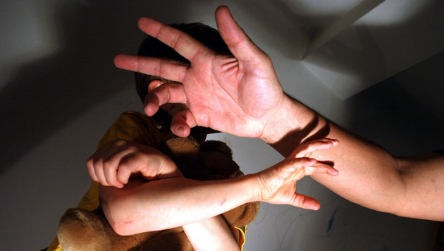 Flüchtling (17) missbrauchte Kinder in Asylheim (Bild: Martin Jöchl (Symbolbild, gestellte Szene))