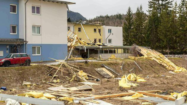 "Sturm ""Niklas"" machte Frühlingsstart den Garaus (Bild: APA/ZOOM-TIROL)"