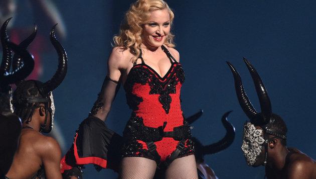 Madonnas wertvollster Körperteil? Ihr Busen! (Bild: John Shearer/Invision/AP)