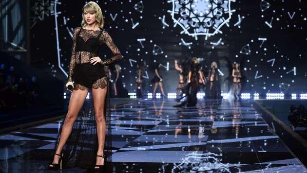 Taylor Swift ließ sich ihre Beine angeblich auf 40 Millionen Euro versichern. (Bild: AFP)