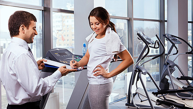 Schwanger, chronisch krank: Fitnessvertrag bleibt (Bild: thinkstockphotos.de)