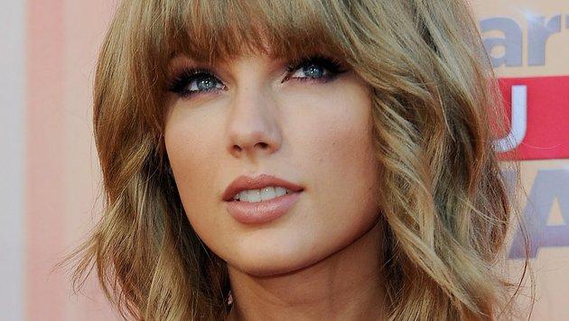Sängerin Taylor Swift zart geschminkt und zauberhaft (Bild: AFP)