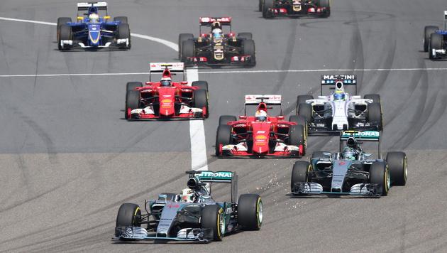 Hamilton vor Rosberg! Mercedes unantastbar (Bild: APA/EPA/WU HONG)