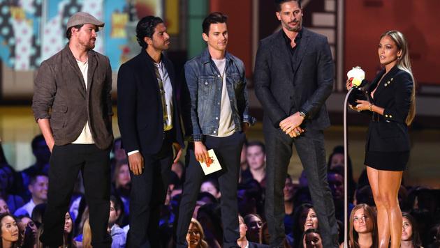 Jennifer Lopez durfte sich ebenfalls über einen Preis freuen. (Bild: Matt Sayles/Invision/AP)