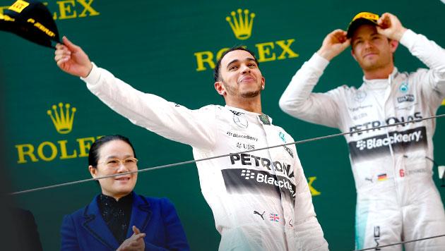 """Wolff: """"Es knistert zwischen Hamilton und Rosberg"""" (Bild: APA/EPA/DIEGO AZUBEL)"""
