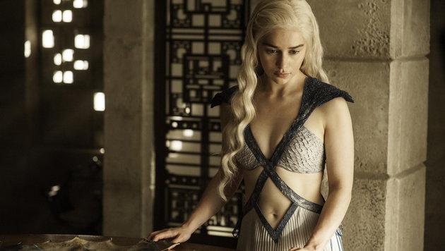 Emilia Clarke als Drachenmutter und Königin Daenerys (Bild: AP)