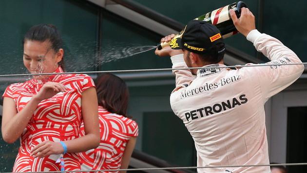 Sexismus-Vorwürfe gegen WM-Leader Lewis Hamilton (Bild: APA/EPA/WU HONG)