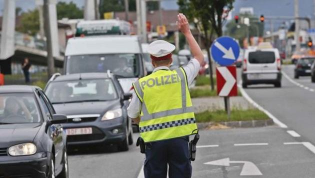 Mit der Ableitung der Touristen im Sommer zum Flughafen wird es heuer schwierig werden. (Bild: Markus Tschepp)