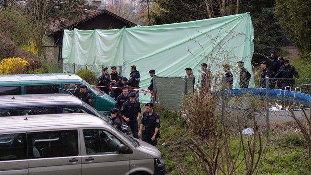 In diesem Schrebergarten wurde die Leiche des Tirolers entdeckt. (Bild: zeitungsfoto.at)