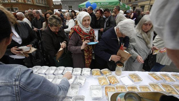Weltrekordversuch: Über vier Tonnen Suppe gekocht (Bild: AP)