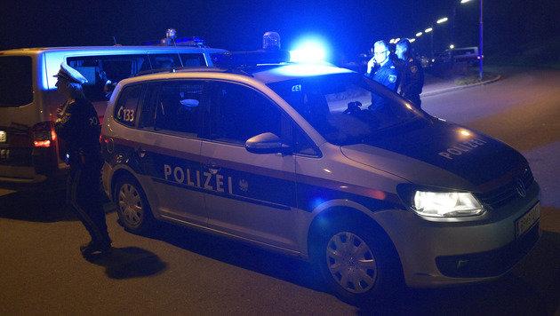 Wilde Verfolgungsjagd endet mit Auto-Überschlag (Bild: APA/Hans Punz (Symbolbild))
