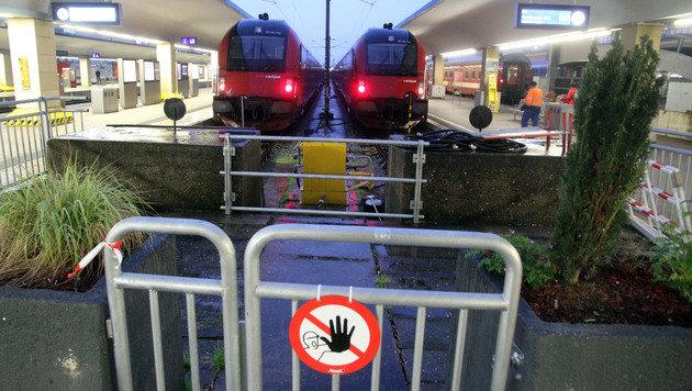 Bombendrohung am Westbahnhof sorgte für Chaos (Bild: Andi Schiel)