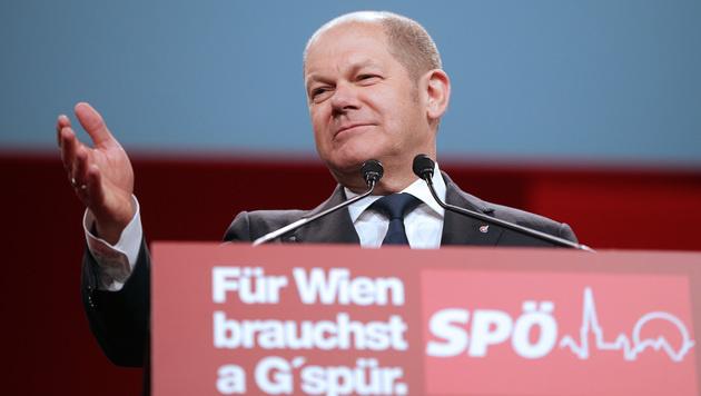 Olaf Scholz, Bürgermeister von Hamburg, war als Gastredner am Wiener SPÖ-Parteitag. (Bild: APA/GEORG HOCHMUTH)